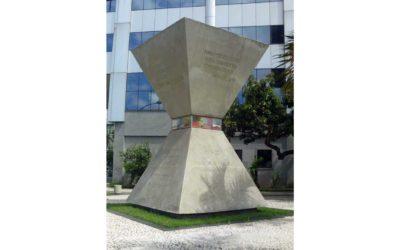 Monday's Monument: Monumento à Paz Mundial, Rio de Janeiro, Brazil